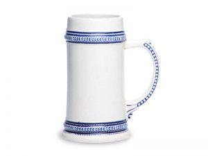 pivny pohar s modrym ornamentom